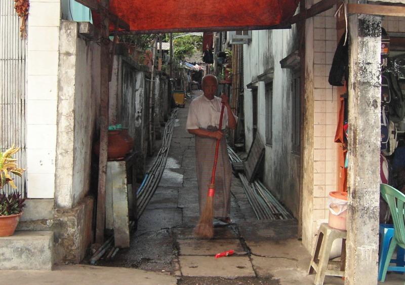ヤンゴン、ミャンマー(2005)